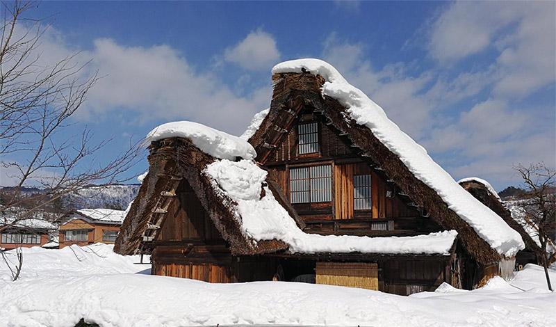 หมู่บ้านชิราคาวะโกะ