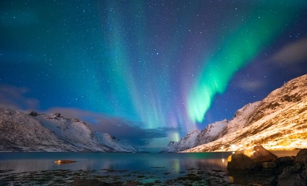 ต่างประเทศ ท่องเที่ยว ปรากฏการณ์แสงเหนือ สถานที่เที่ยวรอบโลก แสงเหนือ