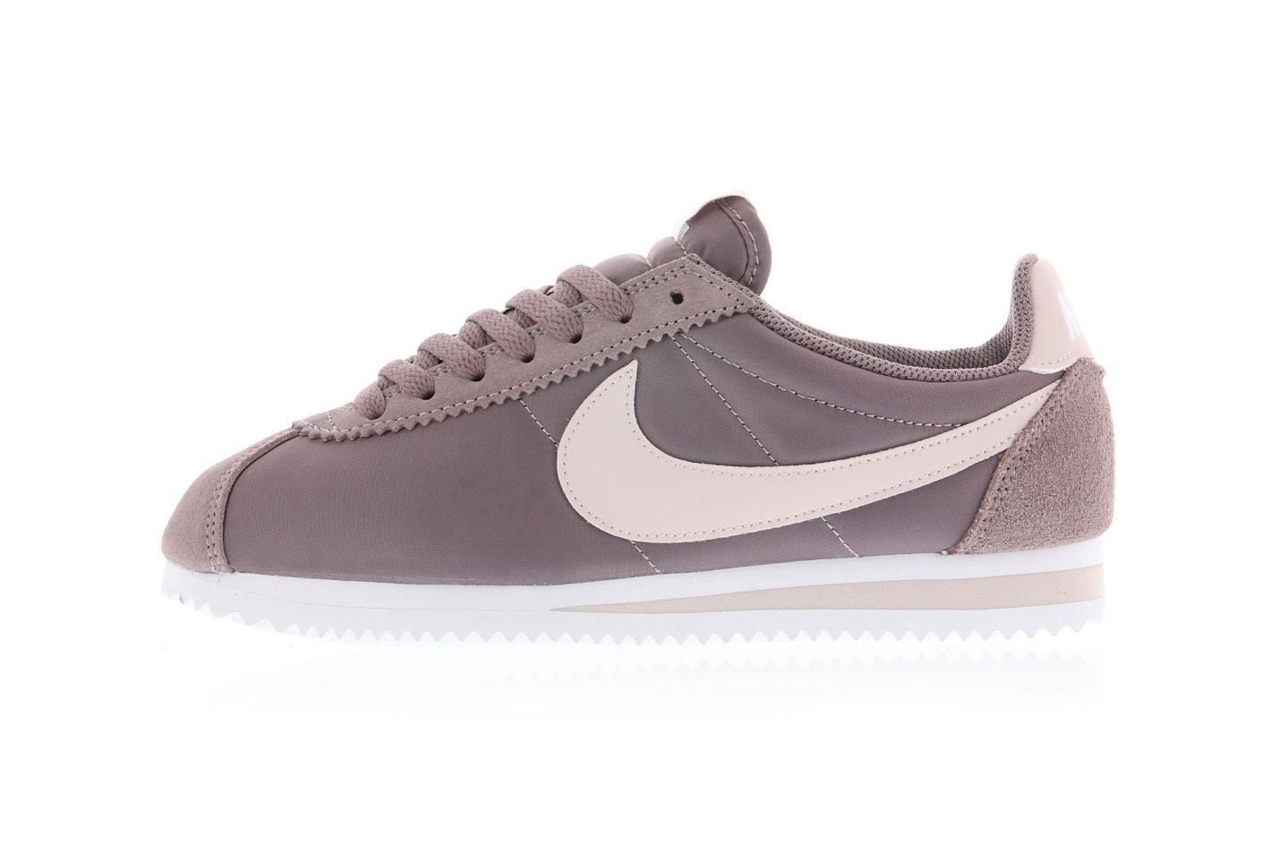 รองเท้าไนกี้ Nike Classic Cortez Nylon Trio