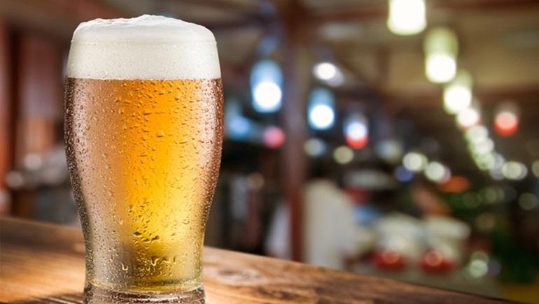 7 ข้อดี ของการดื่มเบียร์ มันมีประโยชน์ต่อร่างกายมากกว่าที่คิดนะ!!