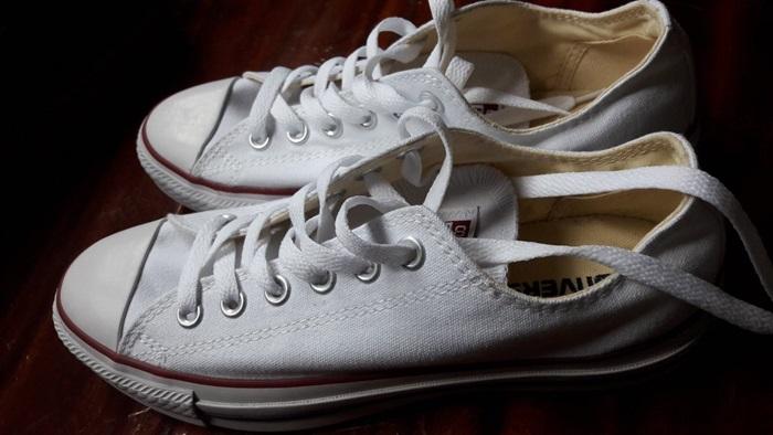 รองเท้า วิธีกำจัดกลิ่น วิธีทำความสะอาด หน้าฝน เคล็ดลับดีๆ