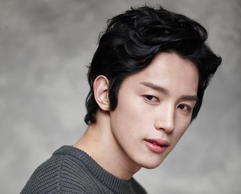 จางมีควาน (Jang Mi Kwan)จากเรื่อง Strong Woman Do Bong Soon