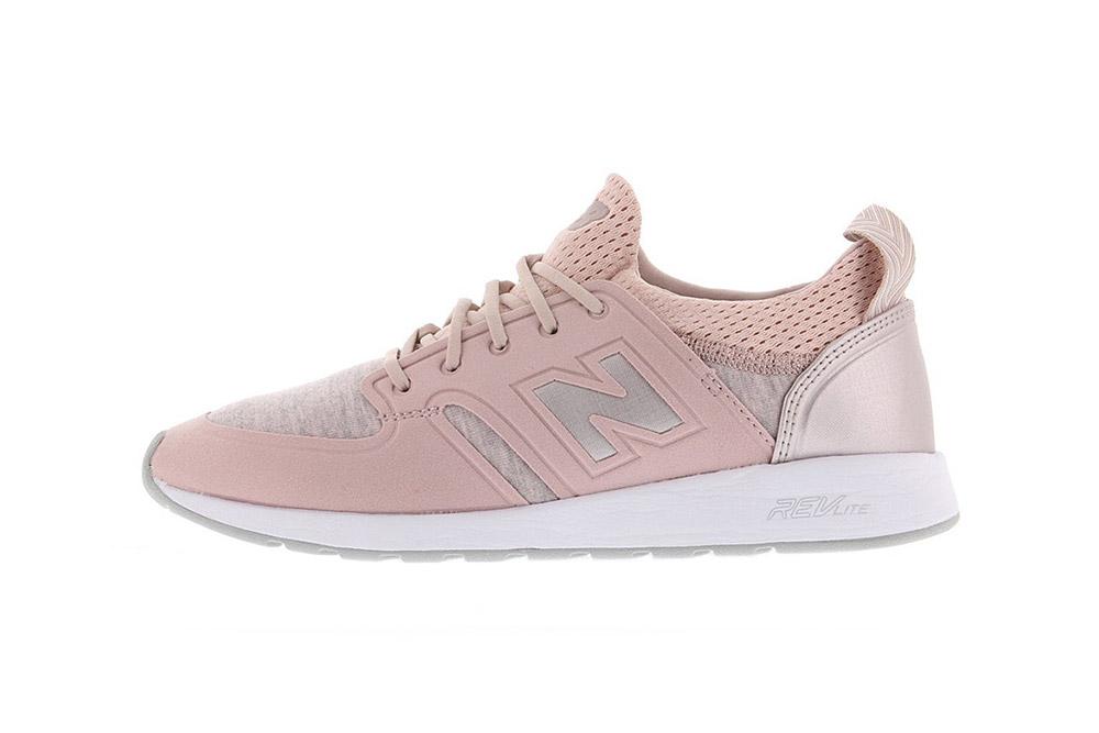 รองเท้า New Balance สีชมพูโรสโกลด์ 420