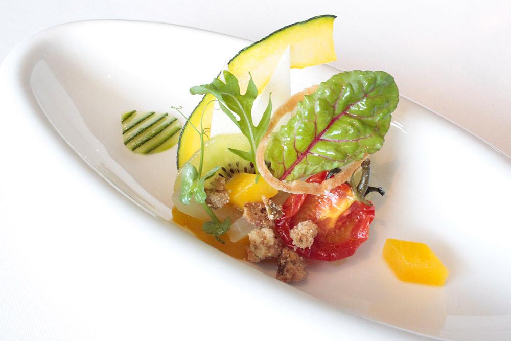 Starter_Fruit and vegetable salad