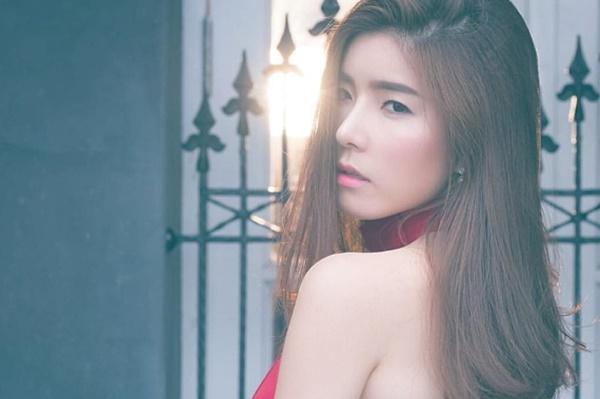 จียอน