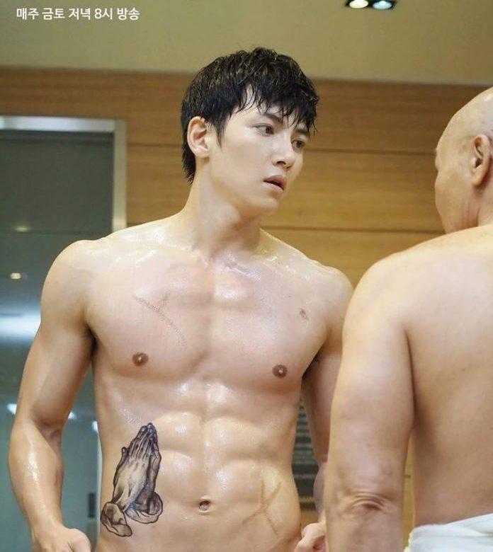 จีชางอุค (Ji Chang Wook)