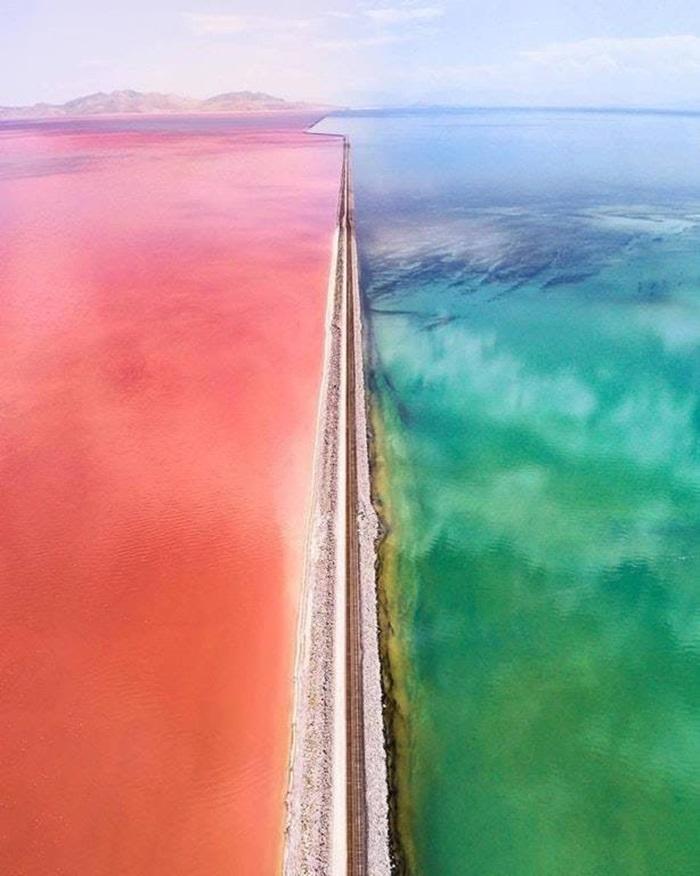 ทะเลสาบสองสี ประเทศสหรัฐอเมริกา รัฐยูทาห์