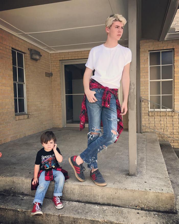 จะเป็นอย่างไร เมื่อพี่ชายชวนน้องชายมาถ่ายภาพสุดหลอน