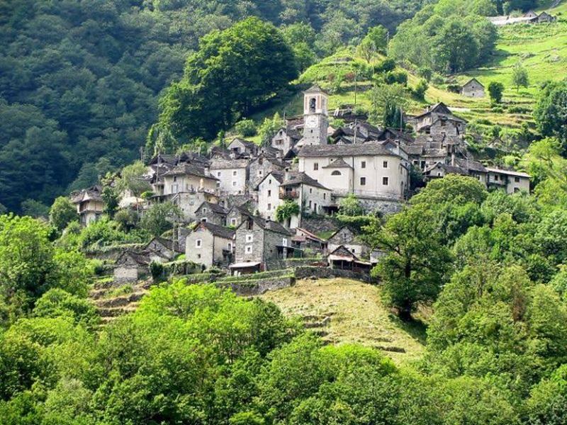 ประชากร ประเทศสวิตเซอร์แลนด์ หมู่บ้าน Corippo