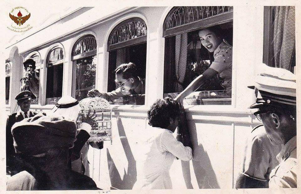 การรถไฟฯ เผยพระบรมฉายาลักษณ์ ในหลวง ร.9 เสด็จฯ