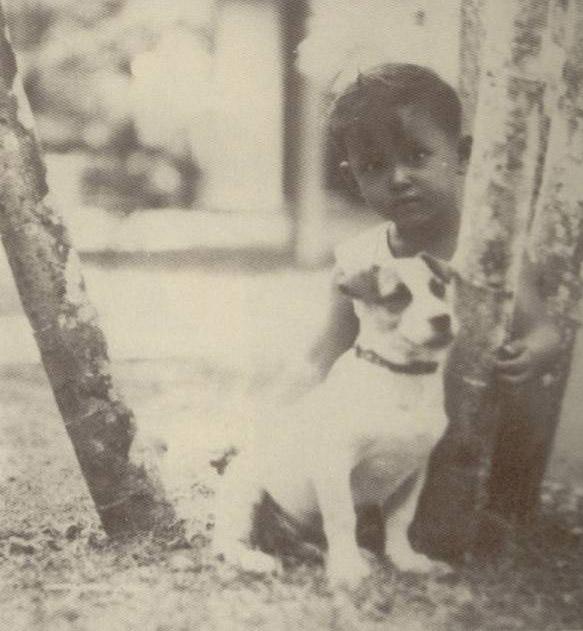 สุนัขที่ทรงเลี้ยงสมัยทรงพระเยาว์