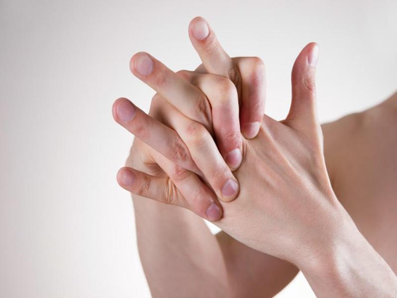 ผลงานวิจัย สุขภาพ หักและดึงนิ้ว