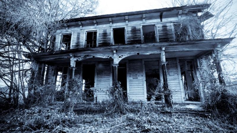 Mckaney manor บ้านผีสิง