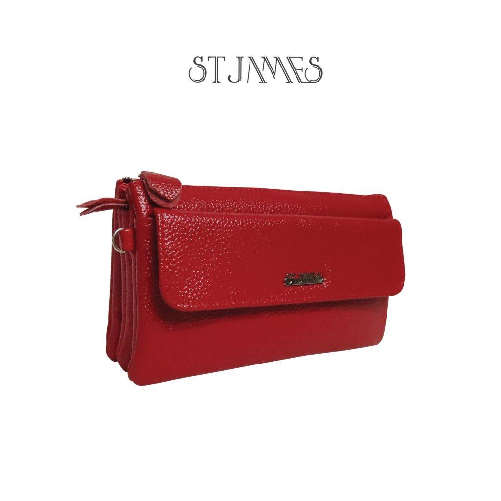กระเป๋าสีแดง