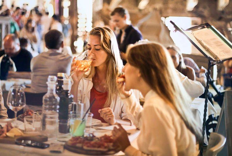 6 วิธีการสั่งอาหารเป็นภาษาอังกฤษ