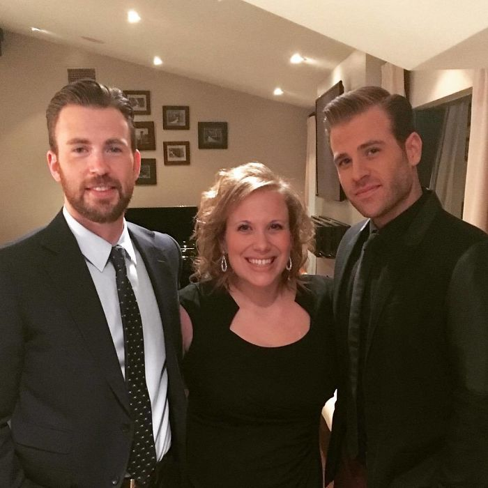 Chris Evans กับน้องชาย Scott และพี่สาว Carly