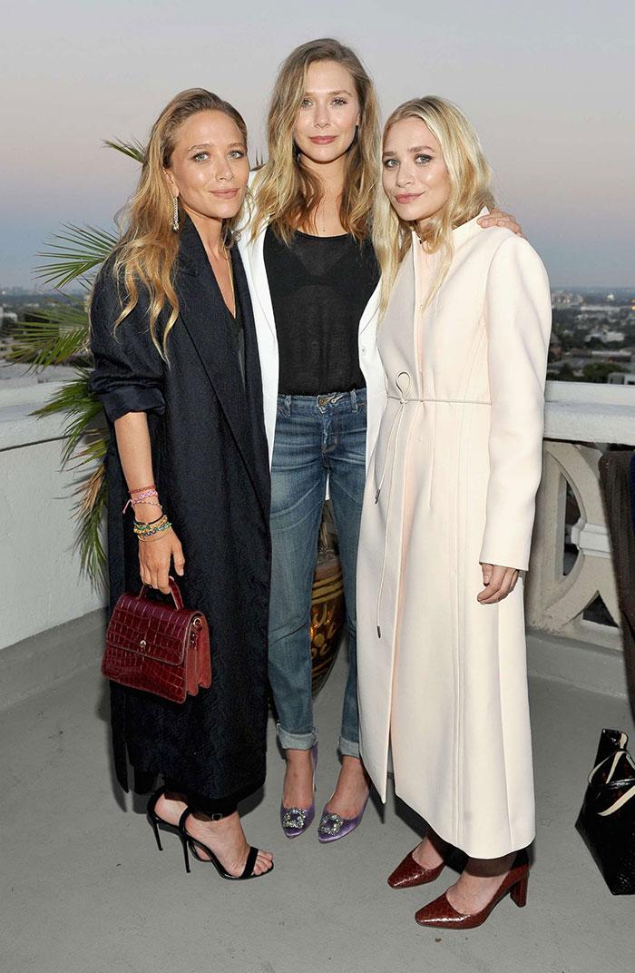 ElizabethOlsen กับพี่สาว Mary-Kate และ Ashley