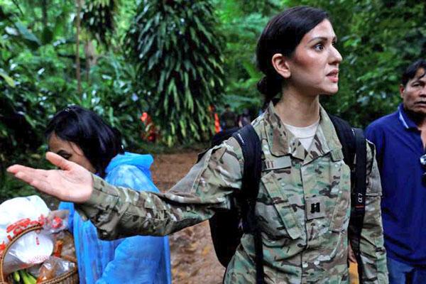 ทหารหญิงจากกองทัพสหรัฐฯ