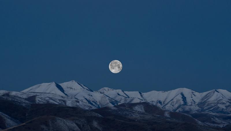 1 วันบนโลกยาวนานขึ้น เพราะดวงจันทร์