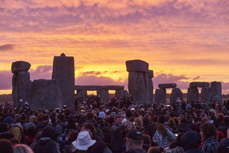 ครีษมายัน วันที่มีกลางวันยาวนานที่สุดในรอบปี (Summer solstice)