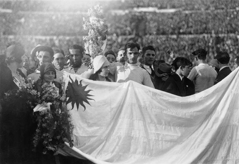 ครั้งที่ 1 ปี ค.ศ. 1930 ประเทศอุรุกวัย