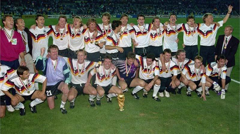 ครั้งที่ 14 ปี ค.ศ.1990 ประเทศเยอรมนีตะวันตก