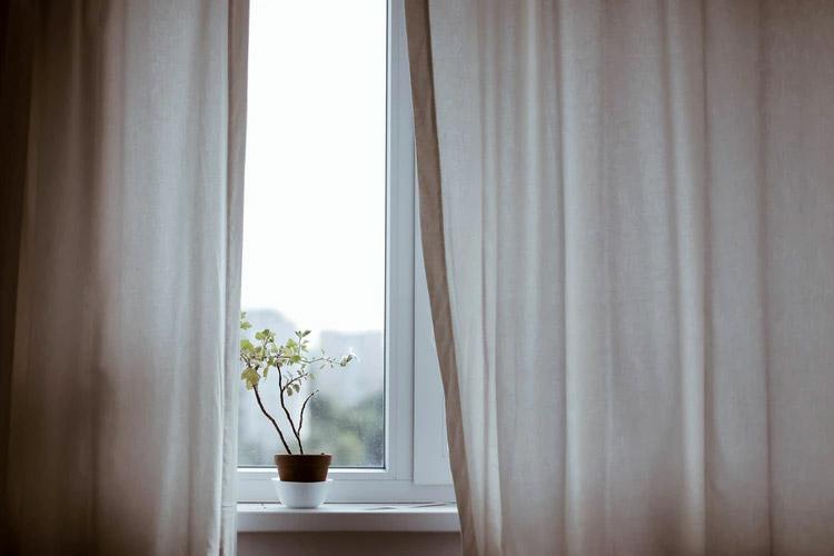 วิธีจัดการความรู้สึก ในวันที่รู้สึกไม่ดี ท้อใจ ชีวิตหม่นเทา - พักสักนิด