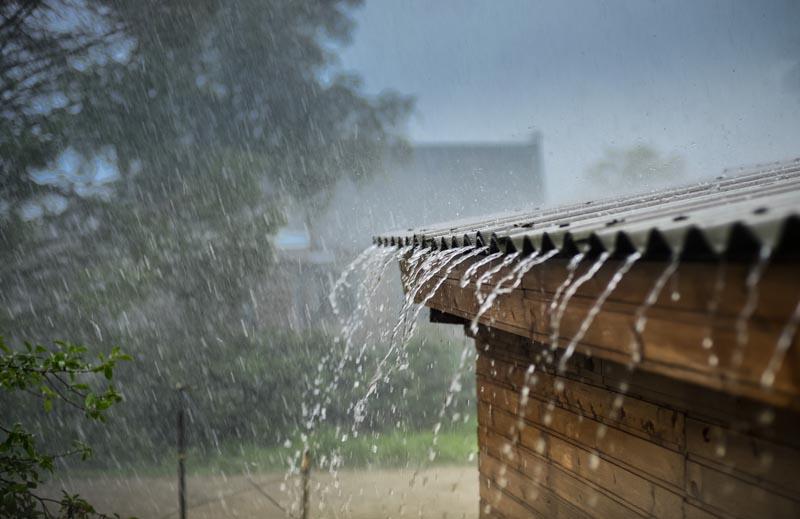การป้องกัน น้ำท่วม ฝน พายุ ฟ้าผ่า ฤดูฝน วิธีเอาตัวรอด