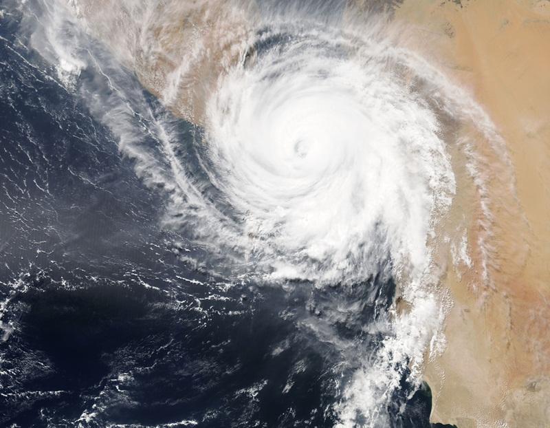 พายุ พายุหมุนเขตร้อน เฮอร์ริเคน ไซโคลน ไต้ฝุ่น