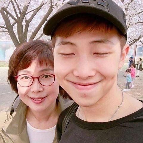 แรปมอนสเตอร์ วง BTS และ คุณแม่