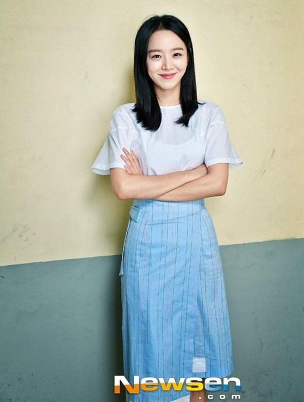 ชินฮเยซอน (Shin Hye-sun)