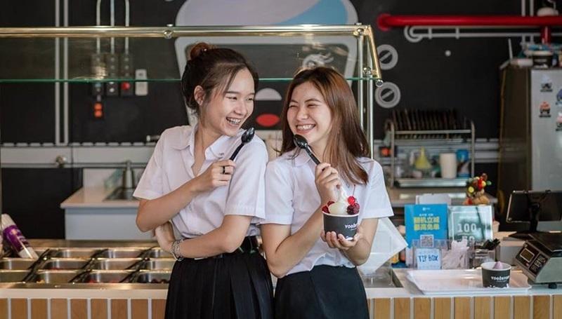 Yogurtory ร้านโยเกิร์ตแบบบริการตัวเอง โดนใจวัยรุ่นย่านนิมมาน จ.เชียงใหม่