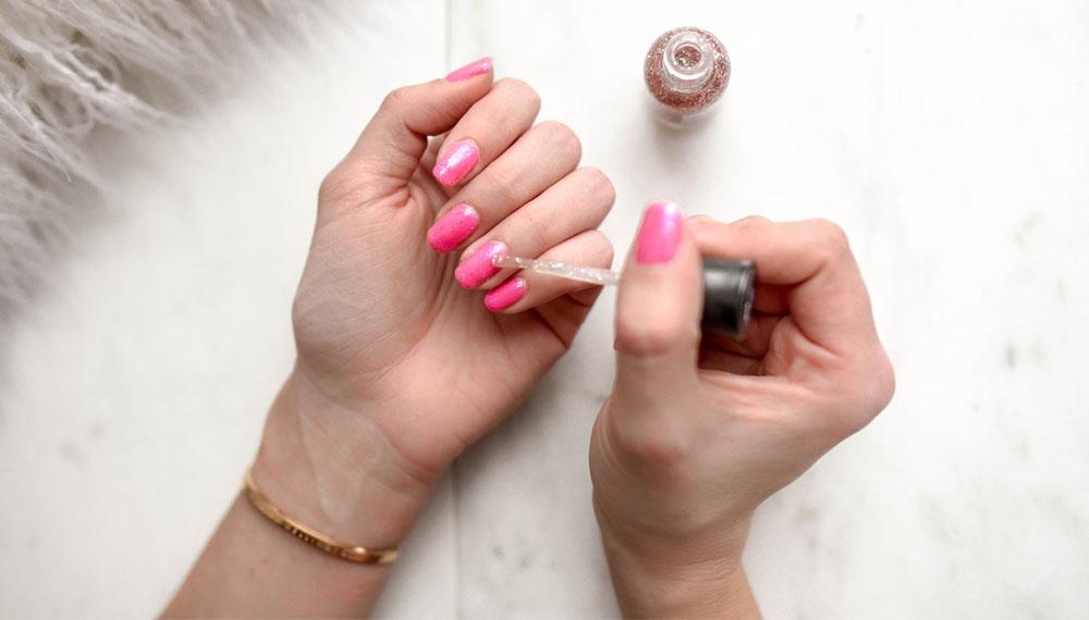 nail nails ทาเล็บ