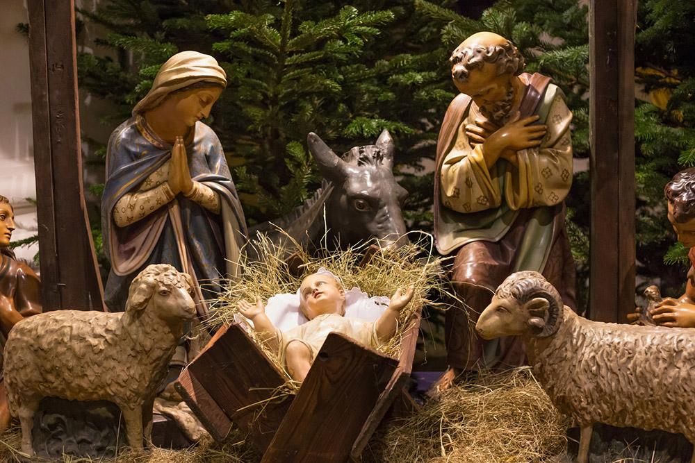 Nativity Scene - ฉากการประสูติของพระเยซู