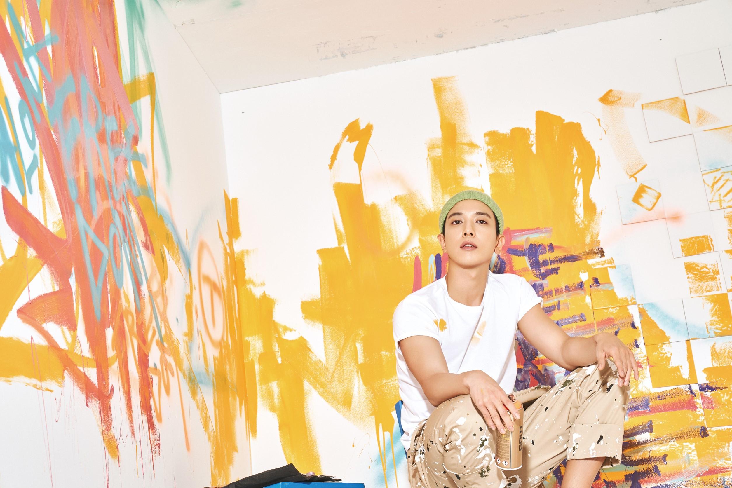 งานนิทรรรศการภาพ จอง ยงฮวา CNBLUE