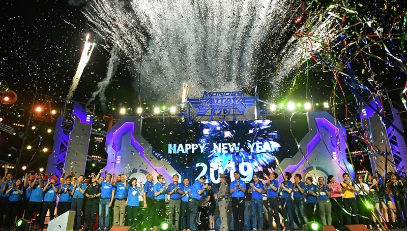 MONO29 ปีใหม่ 2019 พัทยาเคาท์ดาวน์ แหลมบาลีฮาย