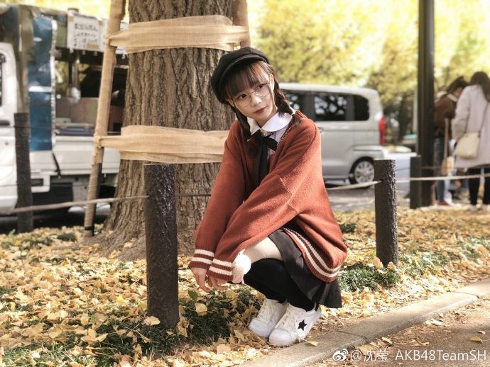 Shen Ying สมาชิกวง AKB48Team SH