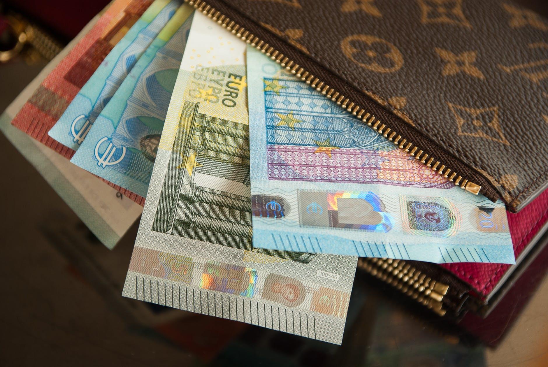 การออมเงิน วิธีเก็บเงิน เก็บเงิน