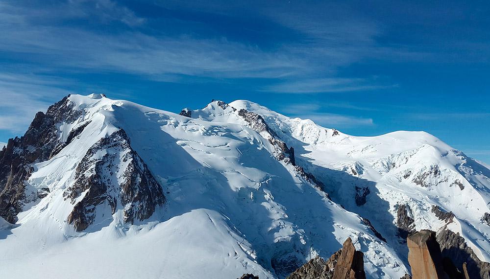 สารสกัดหินน้ำมันธรรมชาติ จากเทือกเขาแอลป์ สู่การแก้ปัญหาสิว