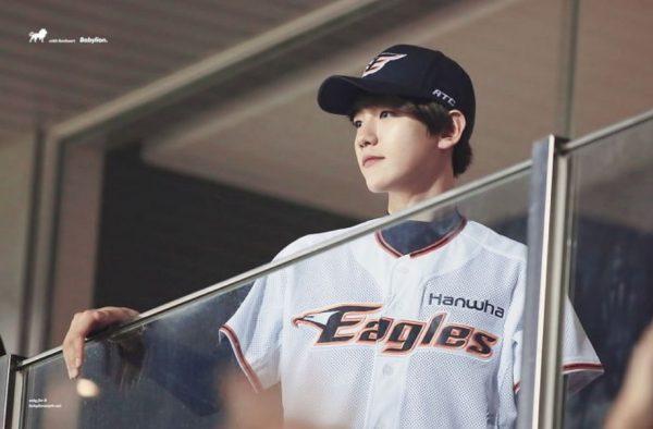 แบคฮยอน วง EXO