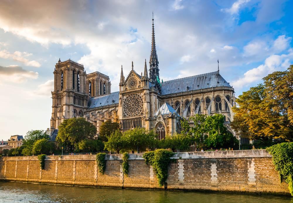 นอร์ทเทอดาม นอเทรอดาม ปารีส ฝรั่งเศส พระเยซู มหาวิหาร