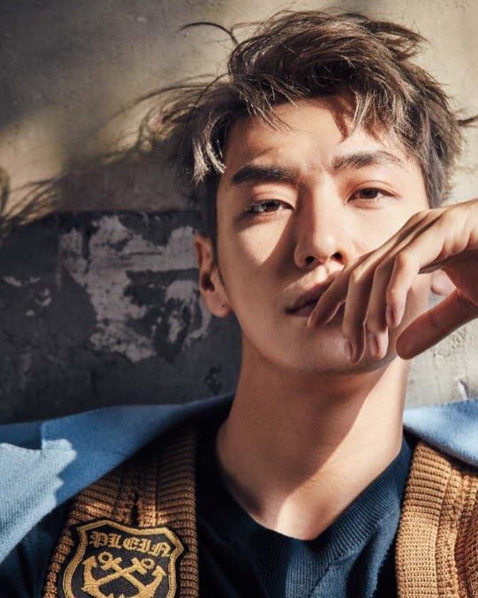 คิมยองกวัง (Kim Young Kwang)