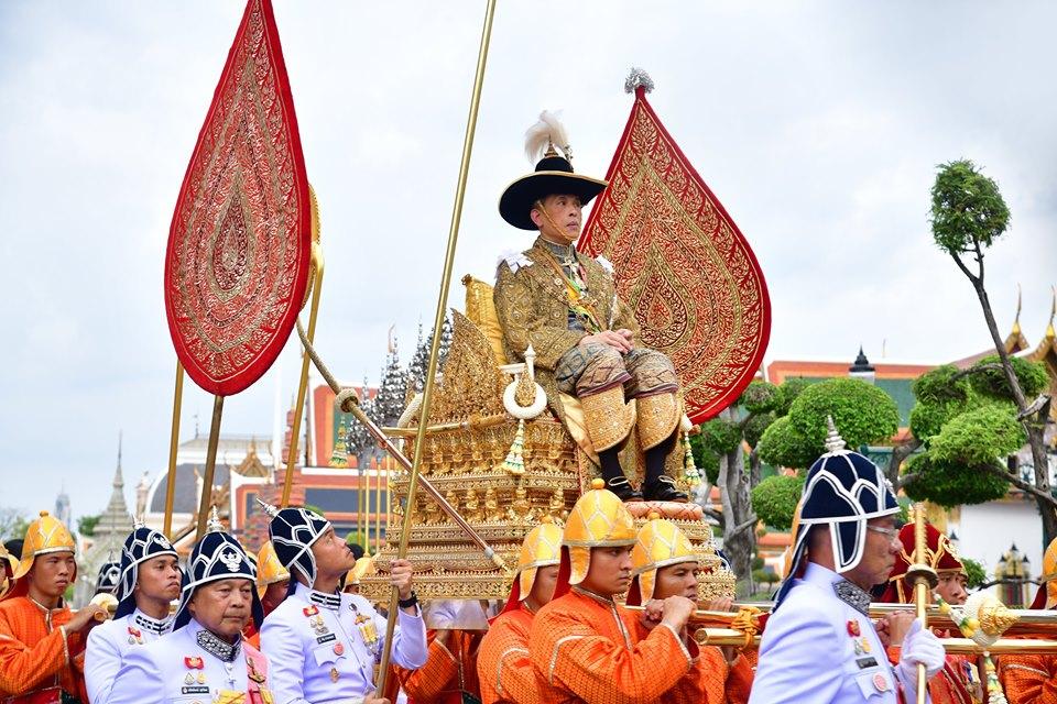 ประมวลภาพพระราชพิธีบรมราชาภิเษก วันบรมราชาภิเษก