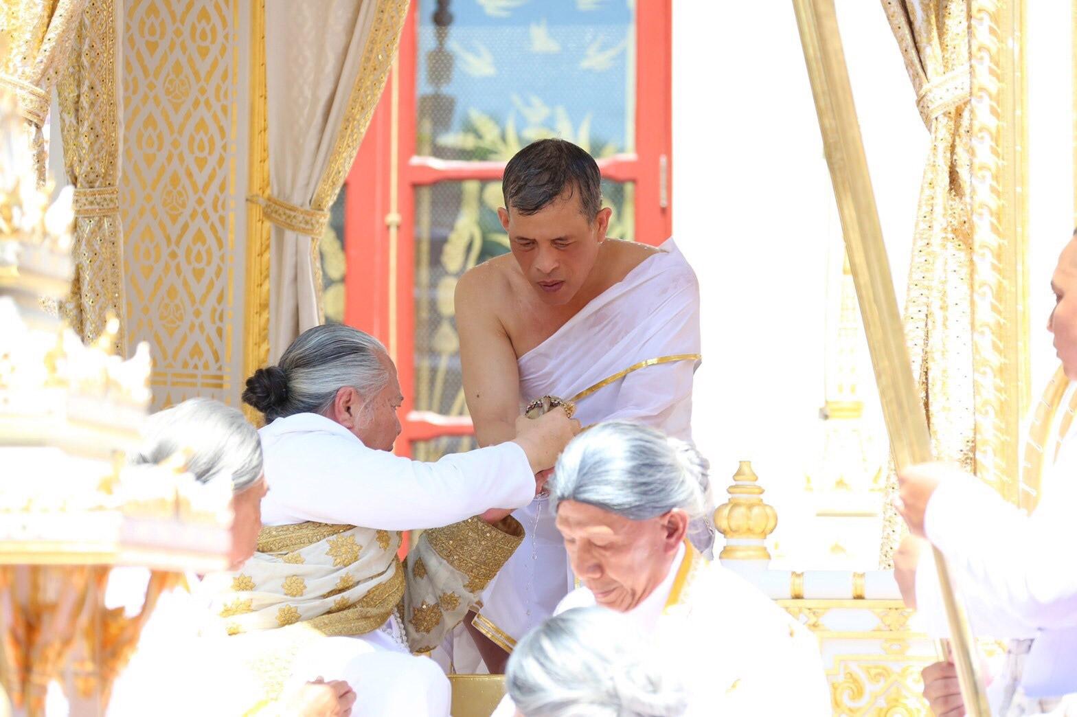 ประมวลภาพพระราชพิธีบรมราชาภิเษก วันพระฤกษ์บรมราชาภิเษก