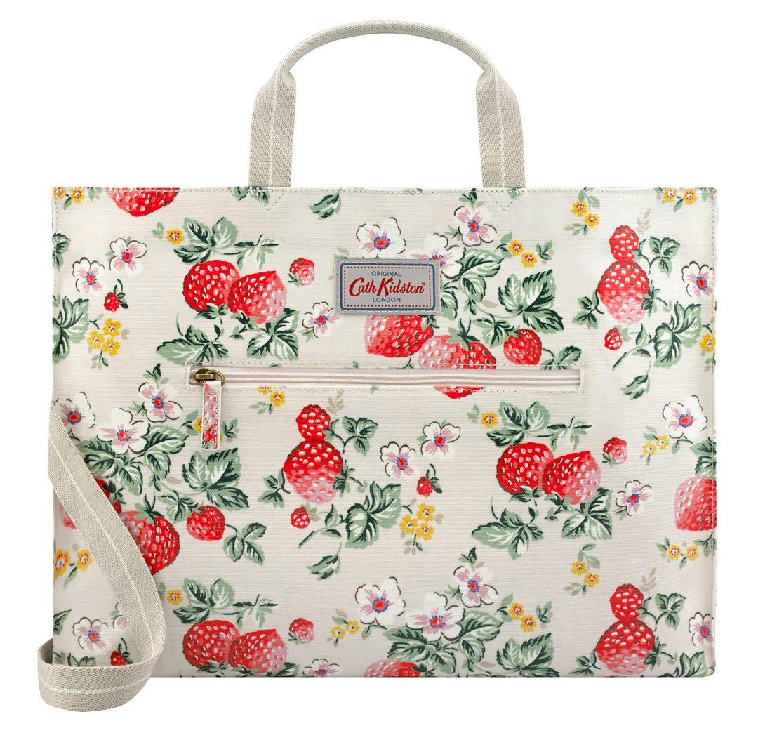 กระเป๋า Cath Kidston - แคท คิดสตัน Strawberry