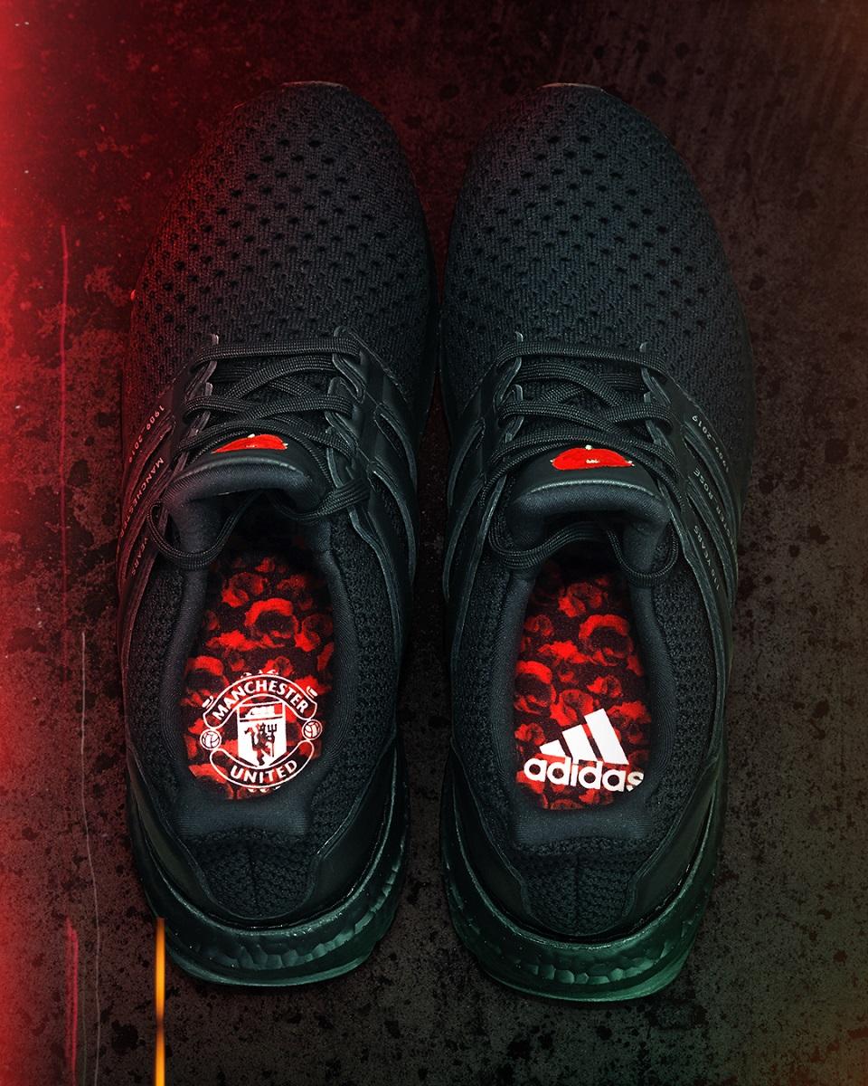 รองเท้าวิ่งอัลตร้าบูสท์รุ่นพิเศษ - อาดิดาส X แมนเชสเตอร์ ยูไนเต็ด