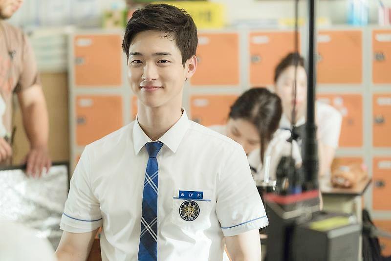 จาง ดงยุน (Jang Dong Yoon)
