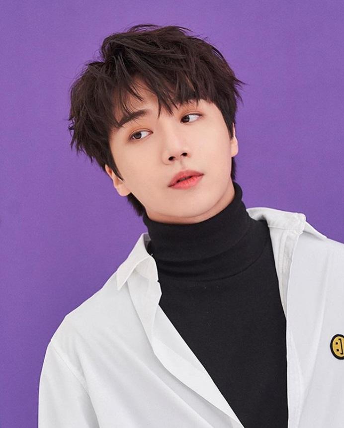 จินโฮ (Jinho) PENTAGON