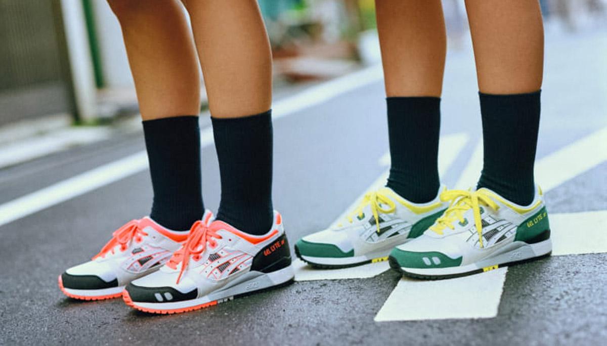 ASICS รองเท้า