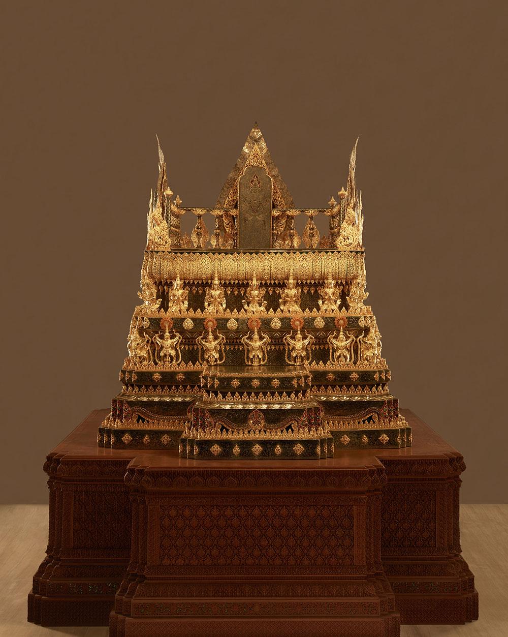 พระที่นั่งพุดตานถมทอง พิพิธภัณฑ์ศิลป์แผ่นดิน